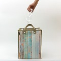 ギミックの効いたデザインと環境にやさしい素材!ゴミ箱になるトートバッグ「ルー・ガービッジ」に映える新商品が登場