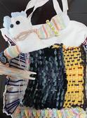 編み物うさぎとお散歩